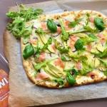 Pizza z wędzonym...