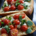 Bruschetta z pomidorkami ...