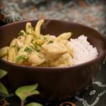 Kurczak curry z fasolką...