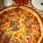 Pizza z tunczykiem i moza...