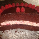 Tort czekoladowo – mali...