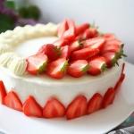 Tort Waniliowa Truskawka