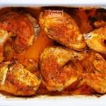 Rumiany kurczak z sosem...