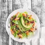 Salatka z awokado, mandar...