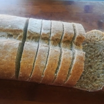Pelnoziarnisty chleb tost...