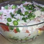 Warstwowa salatka kalafio...