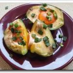 Jajka zapiekane z awokado
