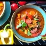 Paprykowa zupa z chorizo