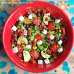 Salatka z rukoli z warzyw...