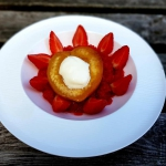 Poached peach with strawb...