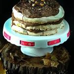 Tort bezowy z kremem czek...