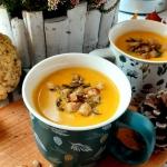 Zupa dyniowa z ziołową...
