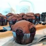 Muffinki kakaowe z borowk...