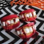 Przekaska usta wampira na...