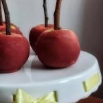 Jabłka na patyku na...