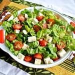 Salatka z serami plesniow...