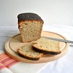 Chleb żytnio-pszenny ze...