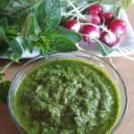 Zielony sos w trzech odsl...