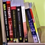 Regały na książki,...
