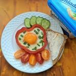 Jajko sadzone w papryce