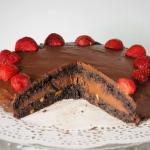 Keto tort czekoladowy...