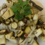 Salatka z cukinii i czosn...