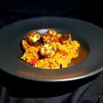 Ryż Jollof z kelewele