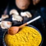 Żółta pasta ziołowa...