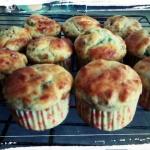 Muffiny z parmezanem