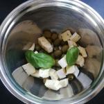 Pasta z oliwek i sera...