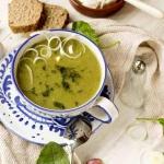 Zielona zupa krem.