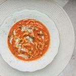 Gęsta zupa pomidorowa z...