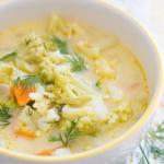Letnia zupa kalafiorowa