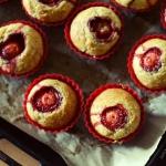 muffinki z truskawkową...