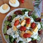 Salatka z jajkiem i broku...