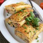 Rolowany omlet z...