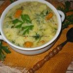 Zupa ogórkowa z kaszą...