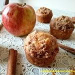 Muffiny z jablkiem i cyna...