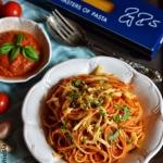 Spaghetti al pomodoro z o...