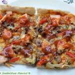 Pizza z pieczarkami,...