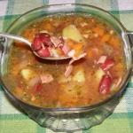 zupa z czerwonej fasoli z...