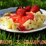 Makaron z truskawkami