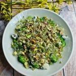 Sałatka z brokułami,...