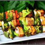 Szaszłyki z tofu