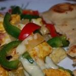 Kolorowe danie z kurczaka
