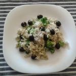 Ryz z czarnymi oliwkami i...
