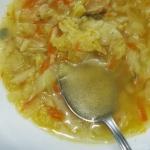 Kapusciana zupa z curry