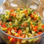 salatka z surowej cukinii...