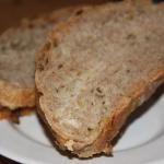 Pelnoziarnisty chleb ziol...