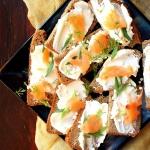 Chleb z łososiem i...
